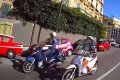 Riprese in giro per la città : anche a Napoli si usa il casco!