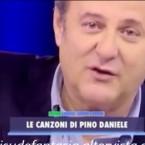 -Video- GERRY SCOTTI SI COMMUOVE RICORDANDO PINO DANIELE IN DIRETTA TV